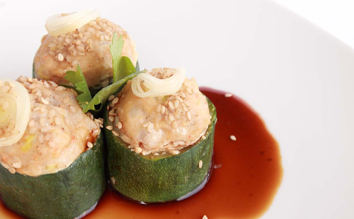 Steamed Ginger Chicken Stuffed Zucchini Stumps