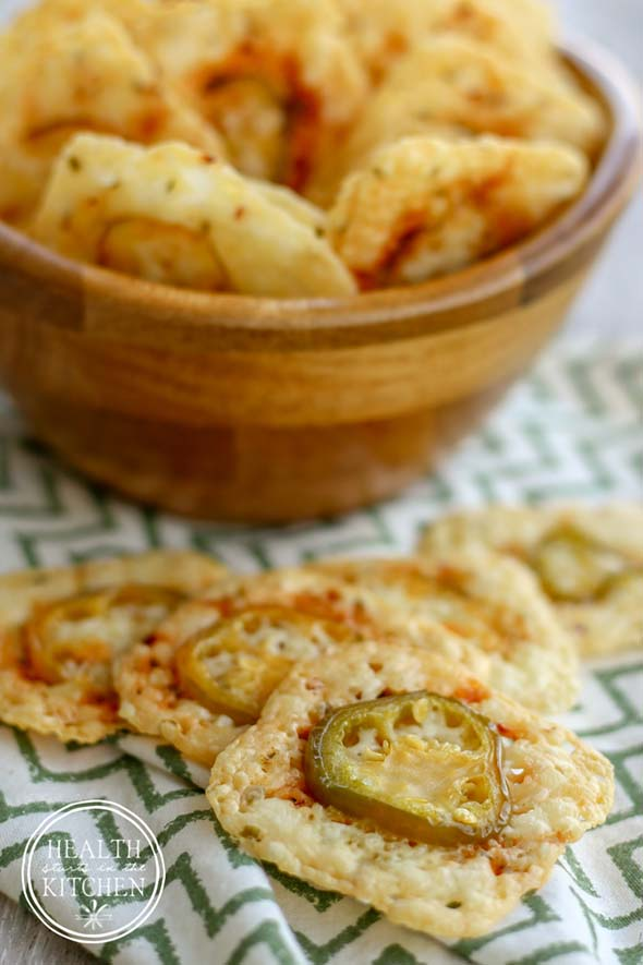 Low Carb Crispy Jalepeño Cheese Crackers