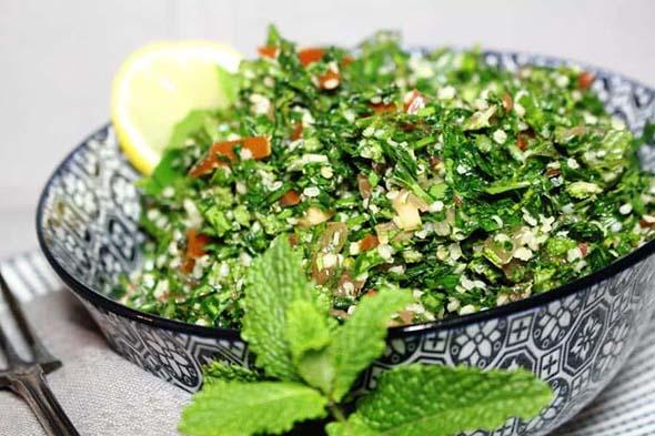 Low Carb Tabbouleh Salad