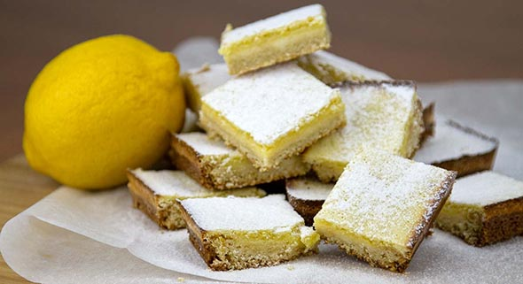 Plrischsant Lemon Bars