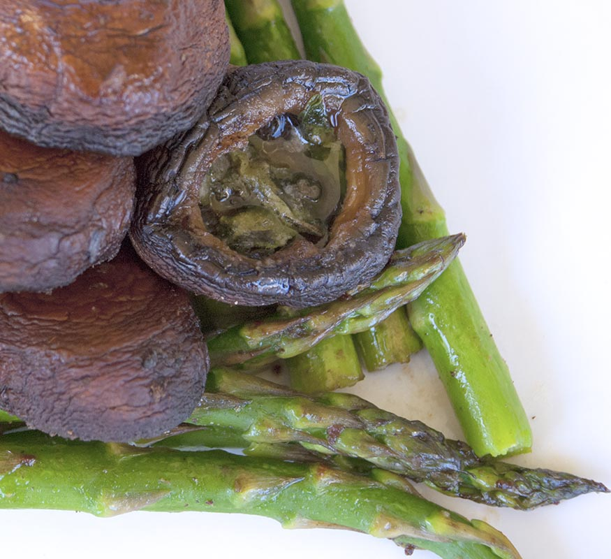 Herby Asparagus and Mushrooms