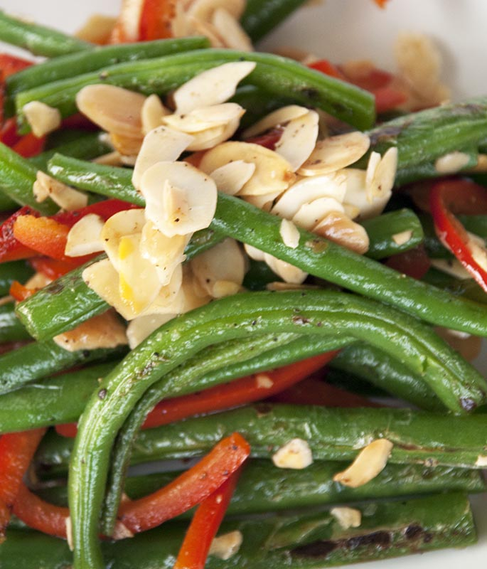 Green Beans, Peppers and Almonds