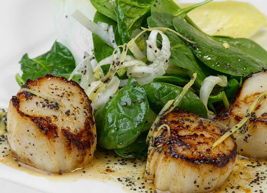 Seared Scallops Salad with Vanilla-Poppy Seed Vinaigrette