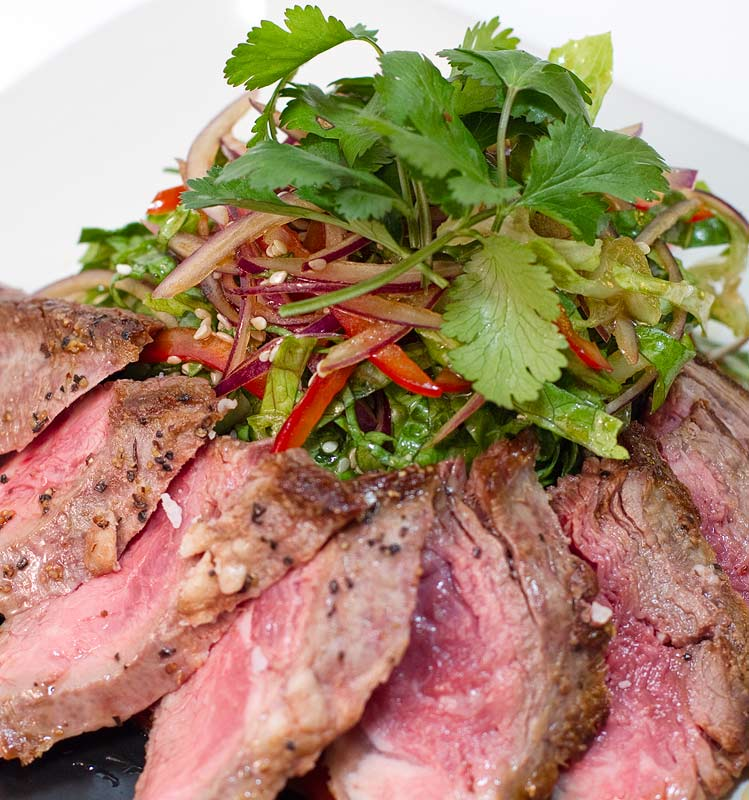 Chilled Soy-Lime Flank Steak Salad